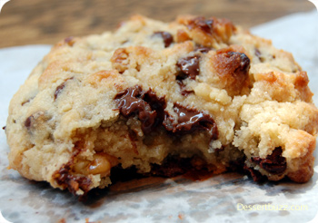 الشوكلاتة levain-cookies-new-y